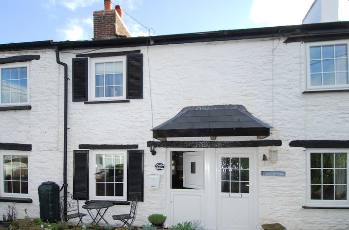 3 Anderton Cottages
