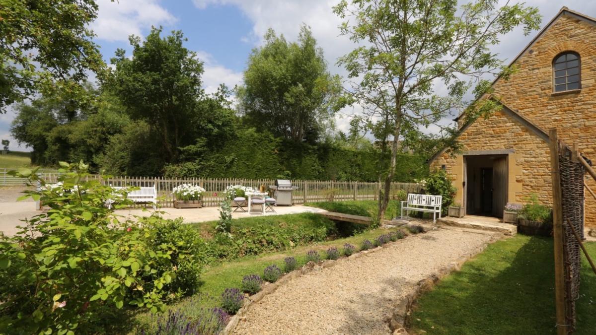 Bledington Barn, Gloucestershire