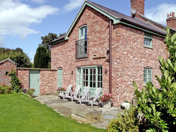 Cae Caled Cottage