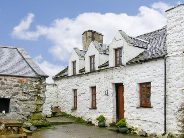 Hen Argoed Cottage