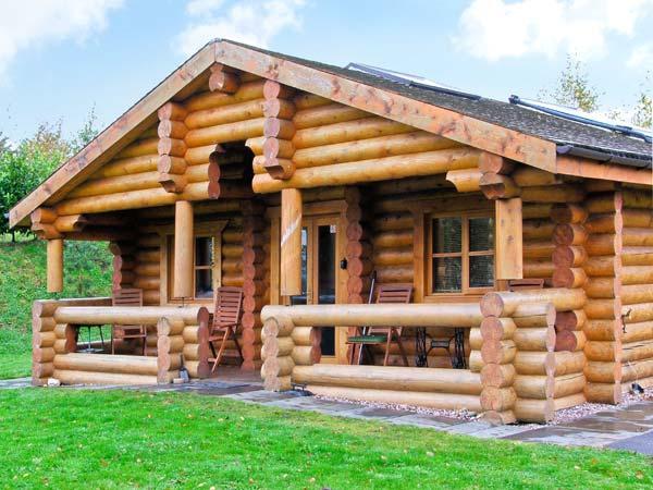 Cedar Log Cabin, Brynallt Country Park