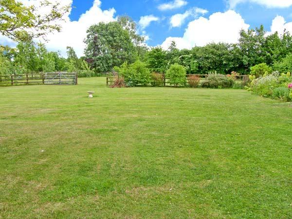 Farm Yard Cottage