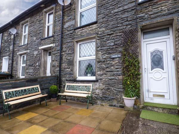 7 Dolydd Terrace