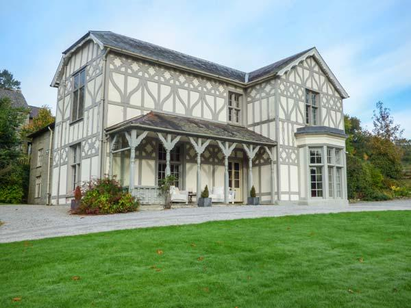 Treburvaugh House