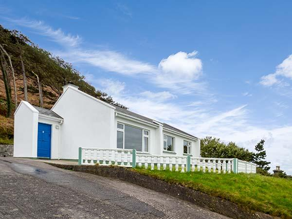 Rossbeigh Beach Cottage No 1