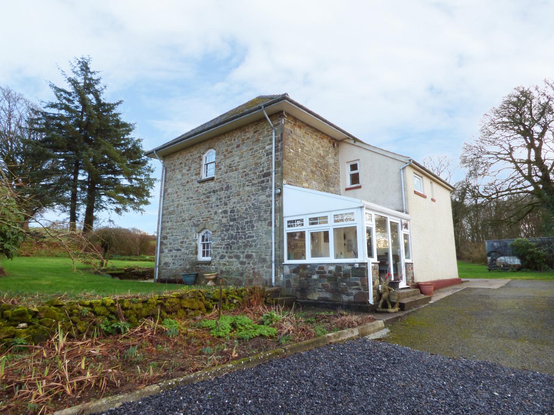 Bedw Hirion Farm