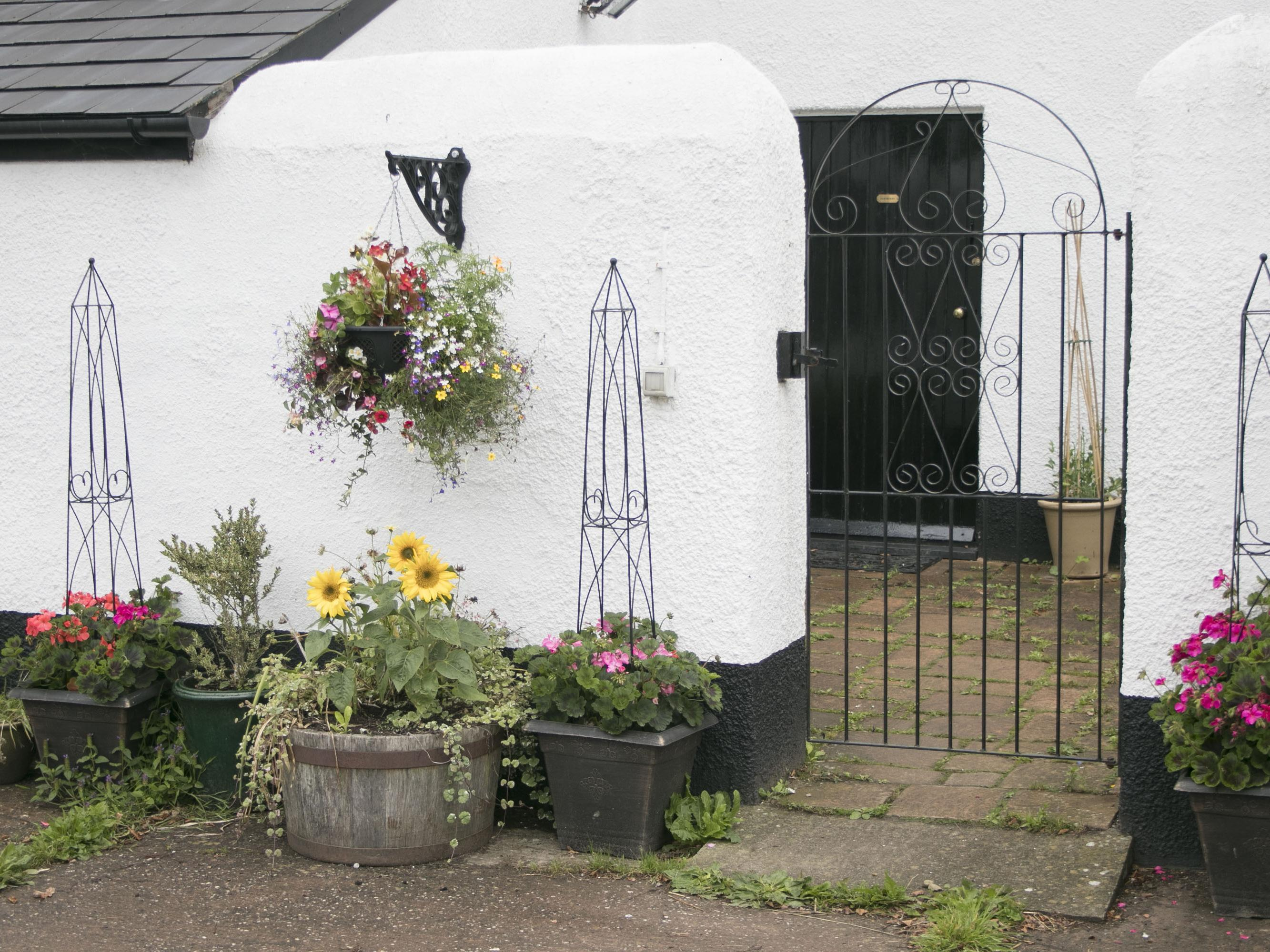 Lowbrook House Cottage
