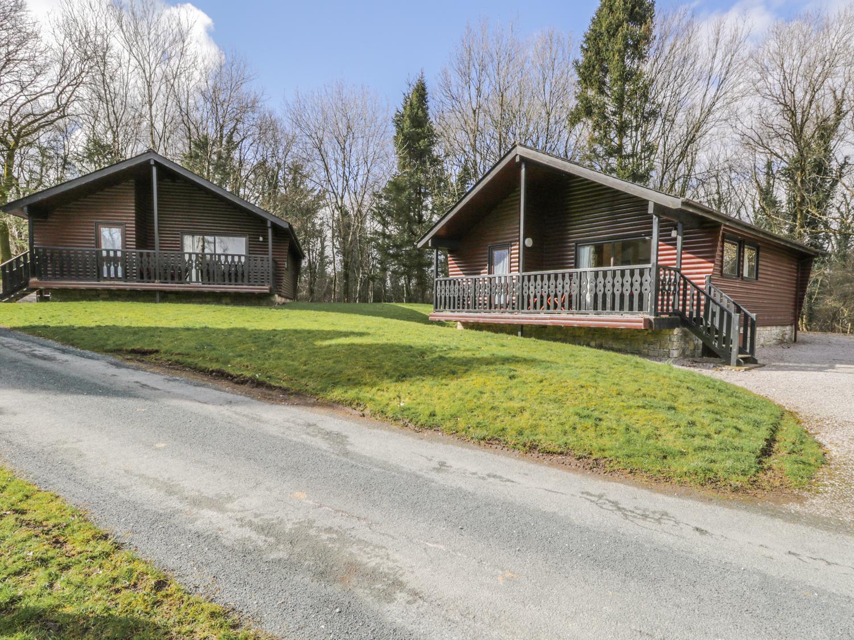 Elm Lodge - Pine