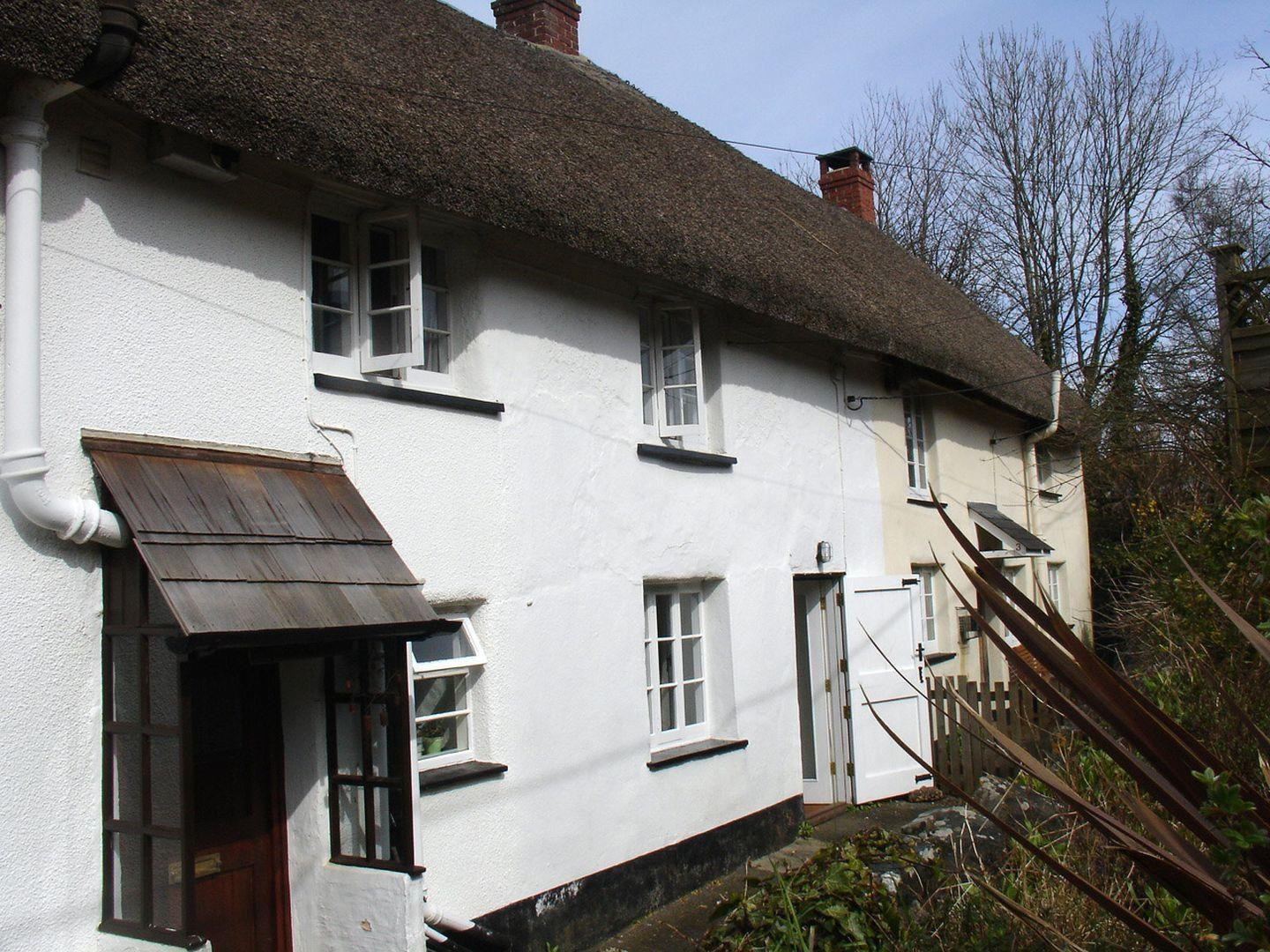 2 Churchgate Cottages
