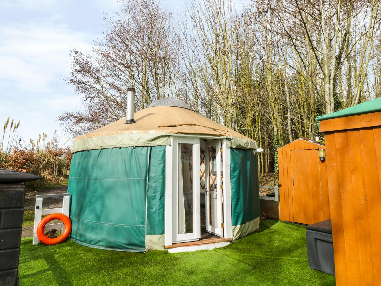 The Lakeside Yurt